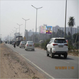 Dhunela Village , Sohna Road,Traffic Movement: Bhondsi To Sohna