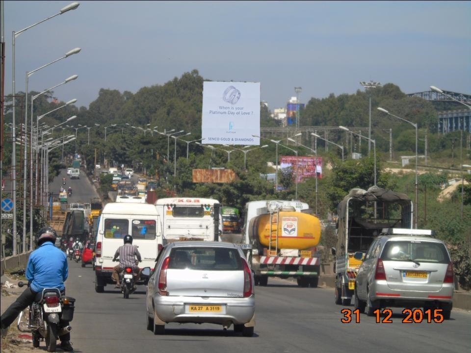 ORR Near kasturinagar Towards Hebbal, Bangalore