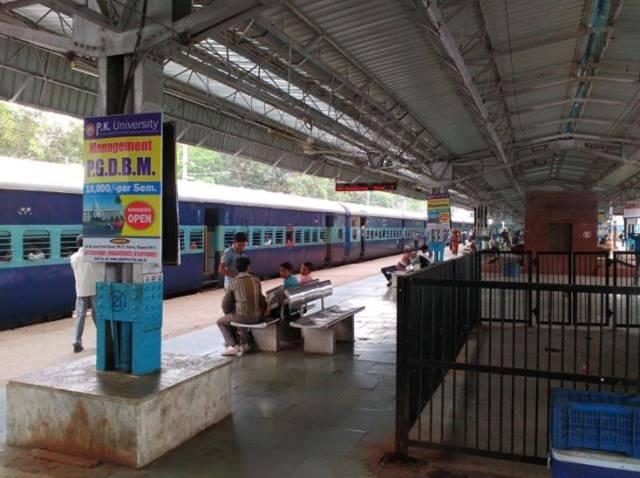 Rly Stn Platform No.2, Jhansi