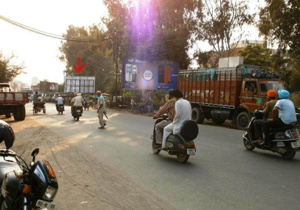 Nr. Bus Stand, Batala