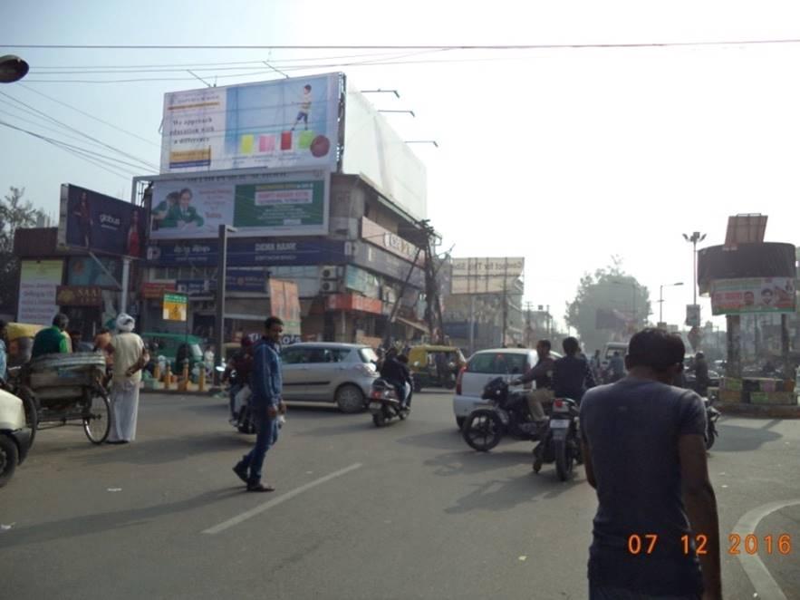 Patrakar puram Crossing, Lucknow