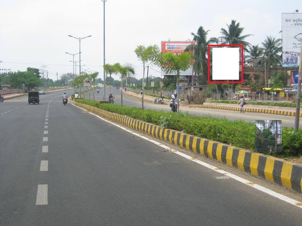 Airport road, Bhubaneswar