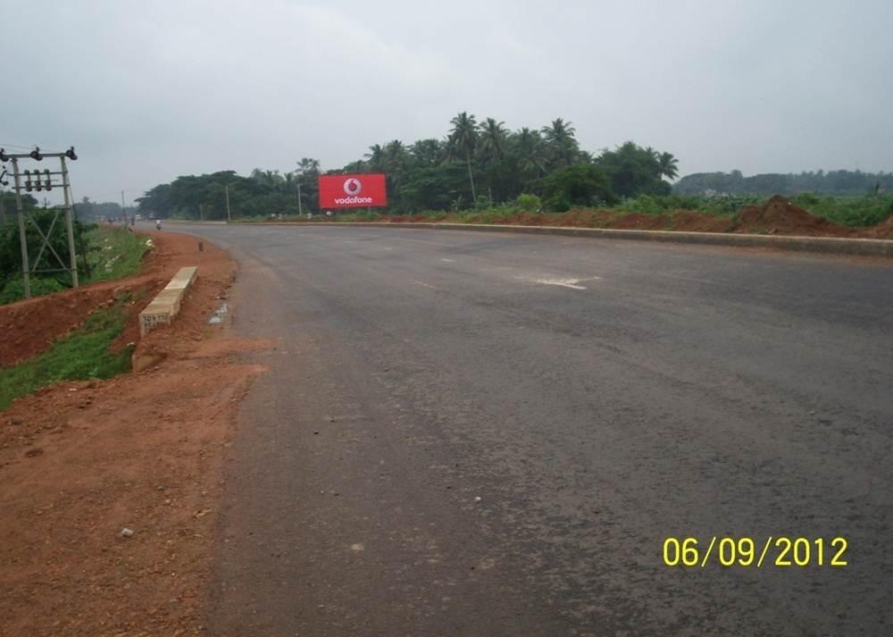 Bus Stand, Mangalpur