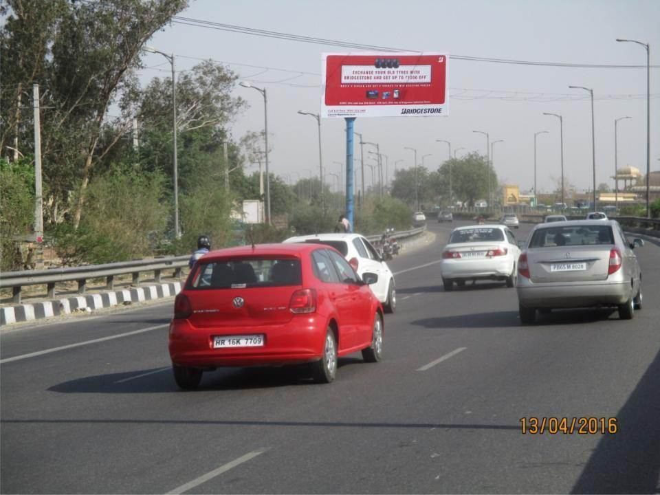 G T road , Nr. Ishwer  Dhram  Kantan, Delhi