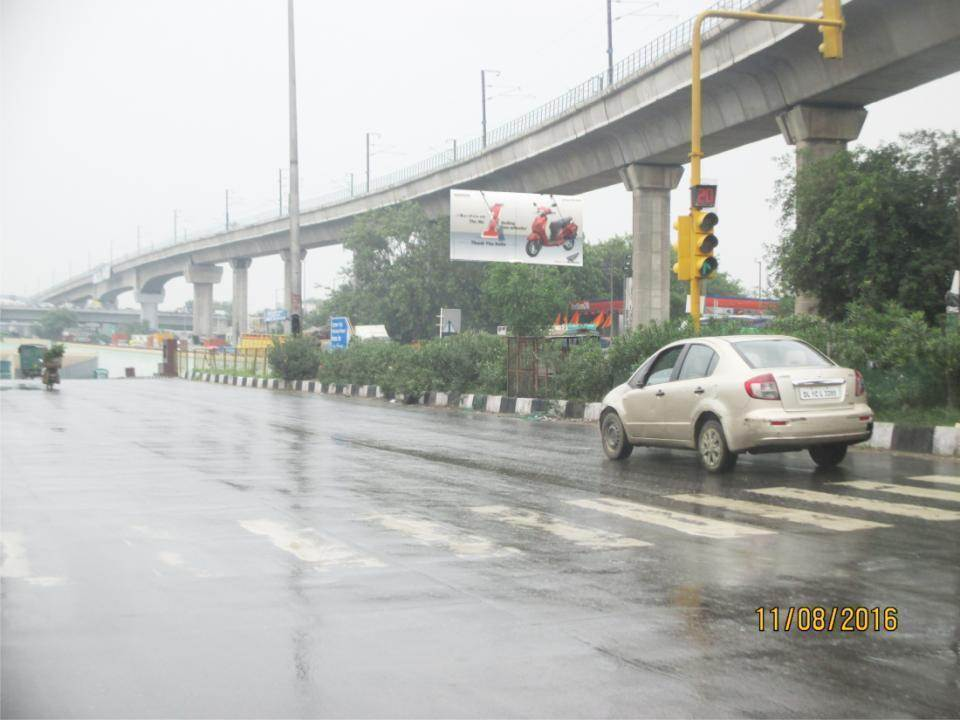 Punjabi Bagh Under pass, Delhi