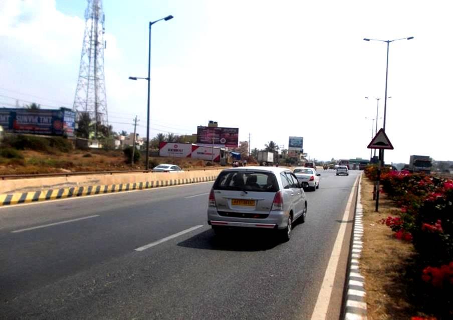 Tumkur road nelamangala near Tollgate incoming, Bengaluru