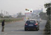 DLF ultima , Traffic Movement:  Pataudi to  NH-8 Sec - 81,82,79