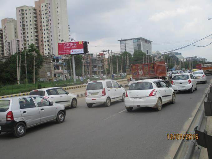 Sohna Road Outside Omaxe Celeberations, Gurgaon