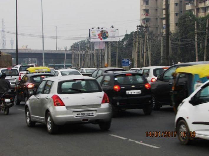 Sohna Road Outside Omaxe Celeberations, Gurgaon