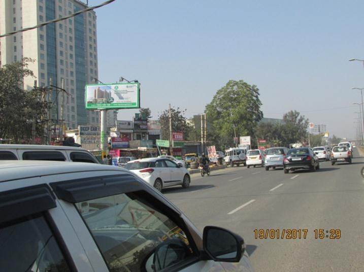 Sohna Road Outside Vipul Greens, Gurgaon