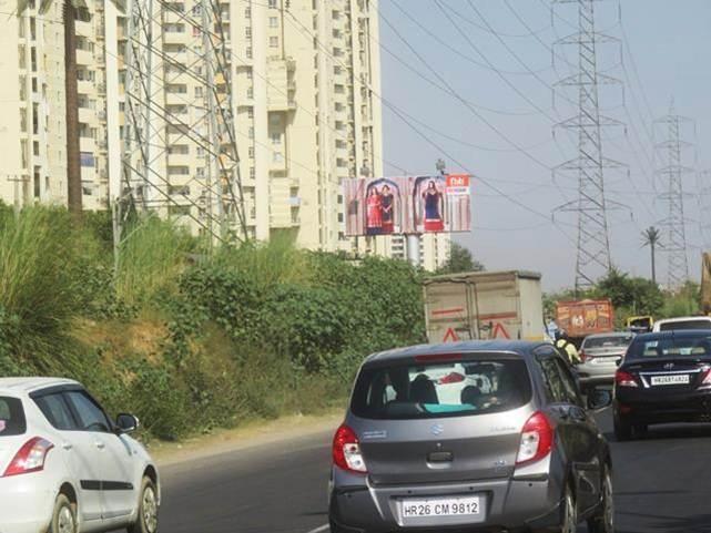 Outside Toyota Showroom - 2, Gurgaon