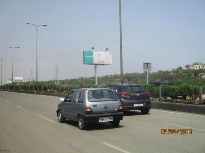 Golf Course Road and Ext. Road Intersection, Gurgaon