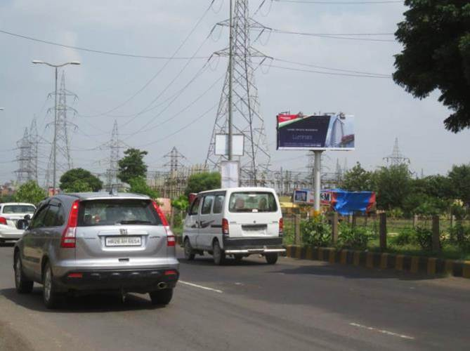 Golf Course Ext. Road outside Pratiksha, Gurgaon