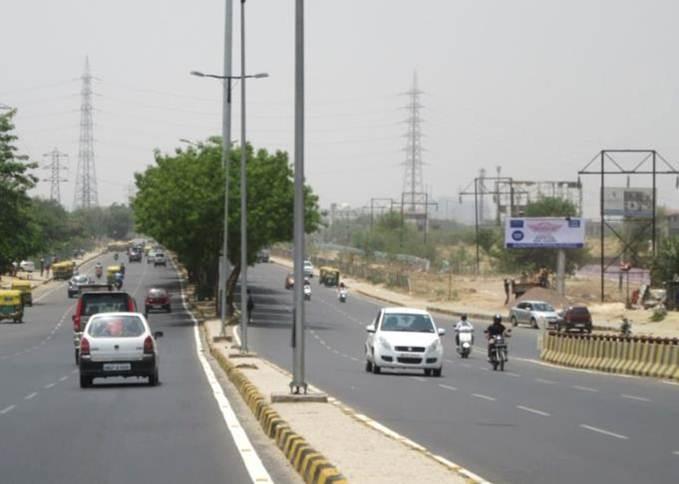 Badshahpur T-Point, Gurgaon