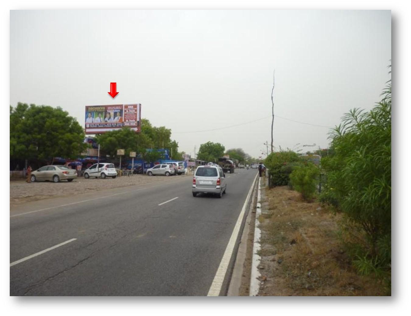 Opp. Sachdeva College, Farah, NH-2