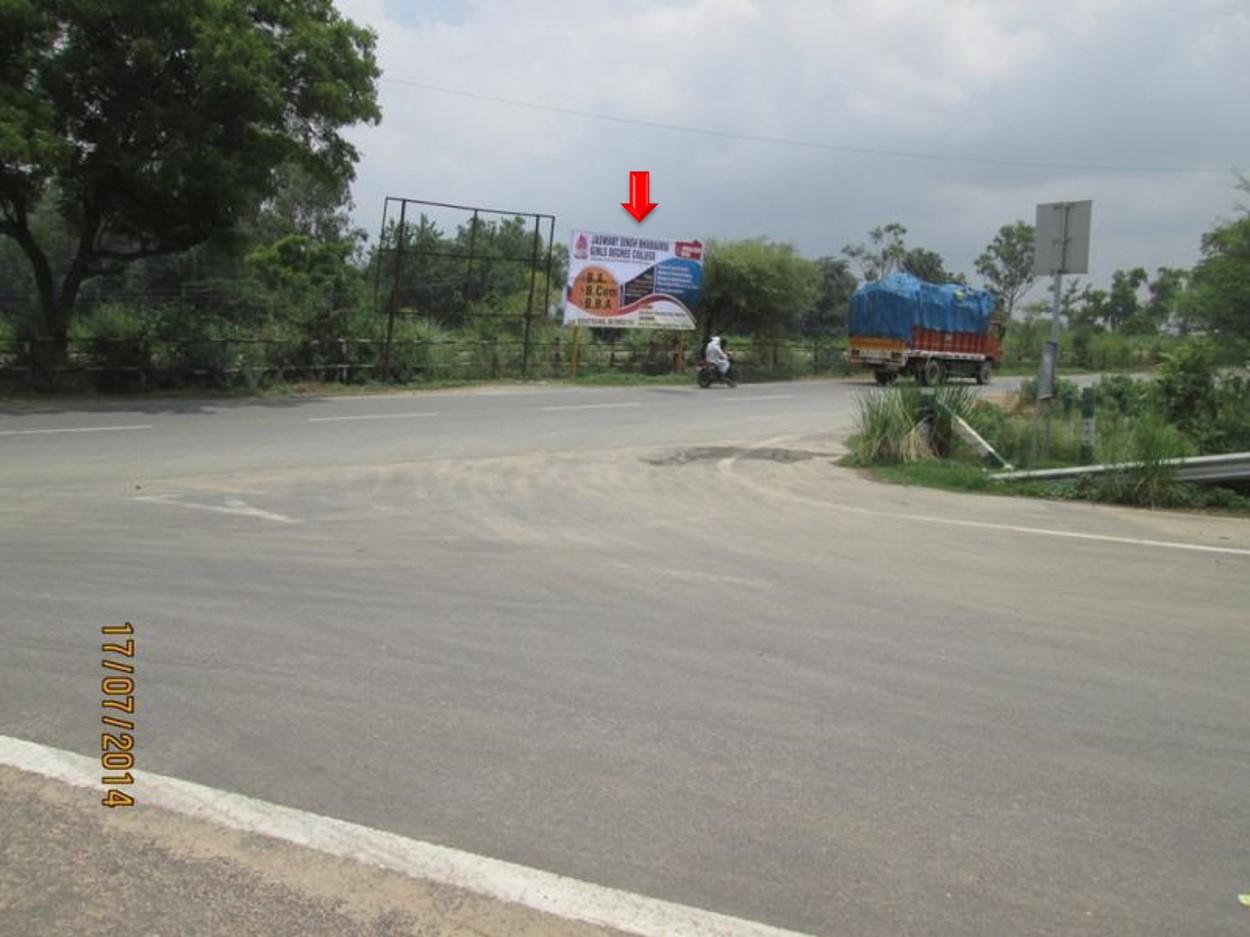 Near Yamuna Express Highway, Raya, Mathura