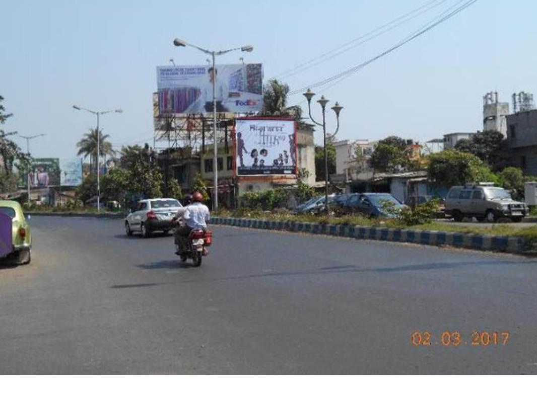 Prince Anwar Shah Road, Kolkata