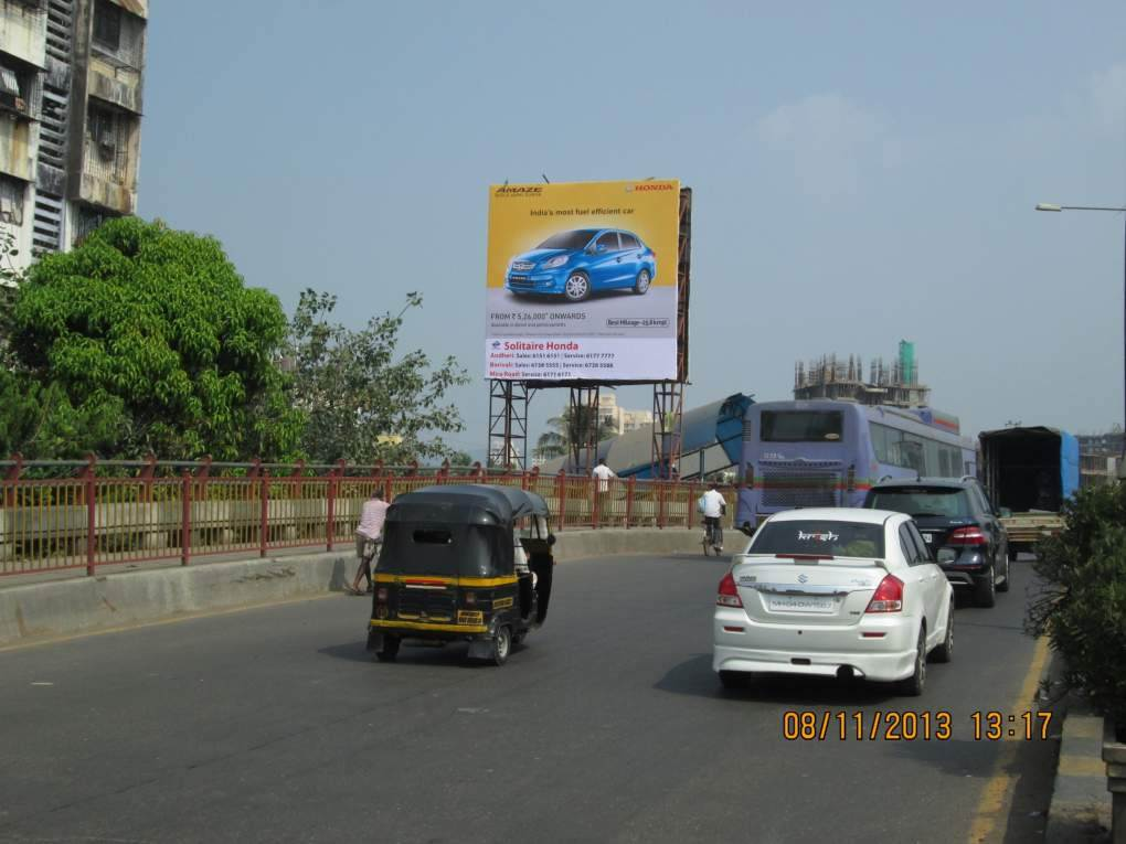 BORIVALI FLYOVER  W TO E LHS   MT, Mumbai