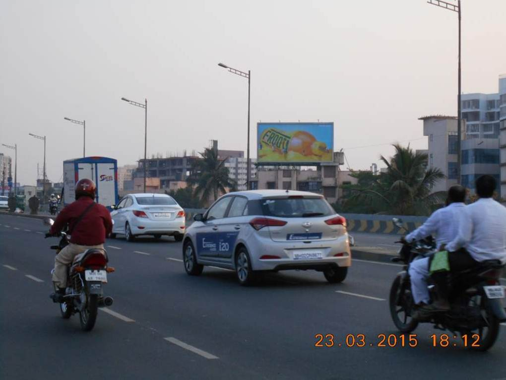 Borivali Highway Near National Park MT, Mumbai