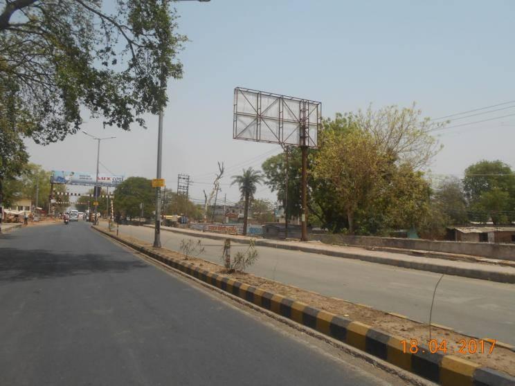 Gwalior Crossing, Jhansi