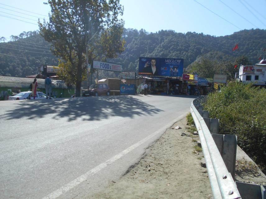 Taradevi Bus Stop, Parwanoo