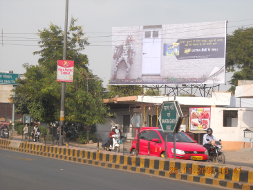 M.G Road Sai Ki Takiya Crossing, Agra