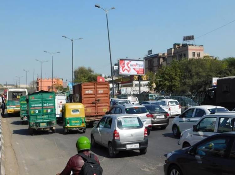 Nehru Place Opp Modi Towers, Near CNG Pump, Delhi