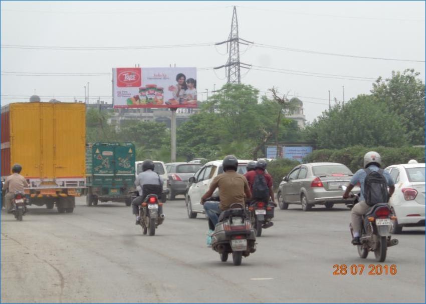 CNG PUMP  ( SARAI KALEKHAN RING ROAD ), New Delhi