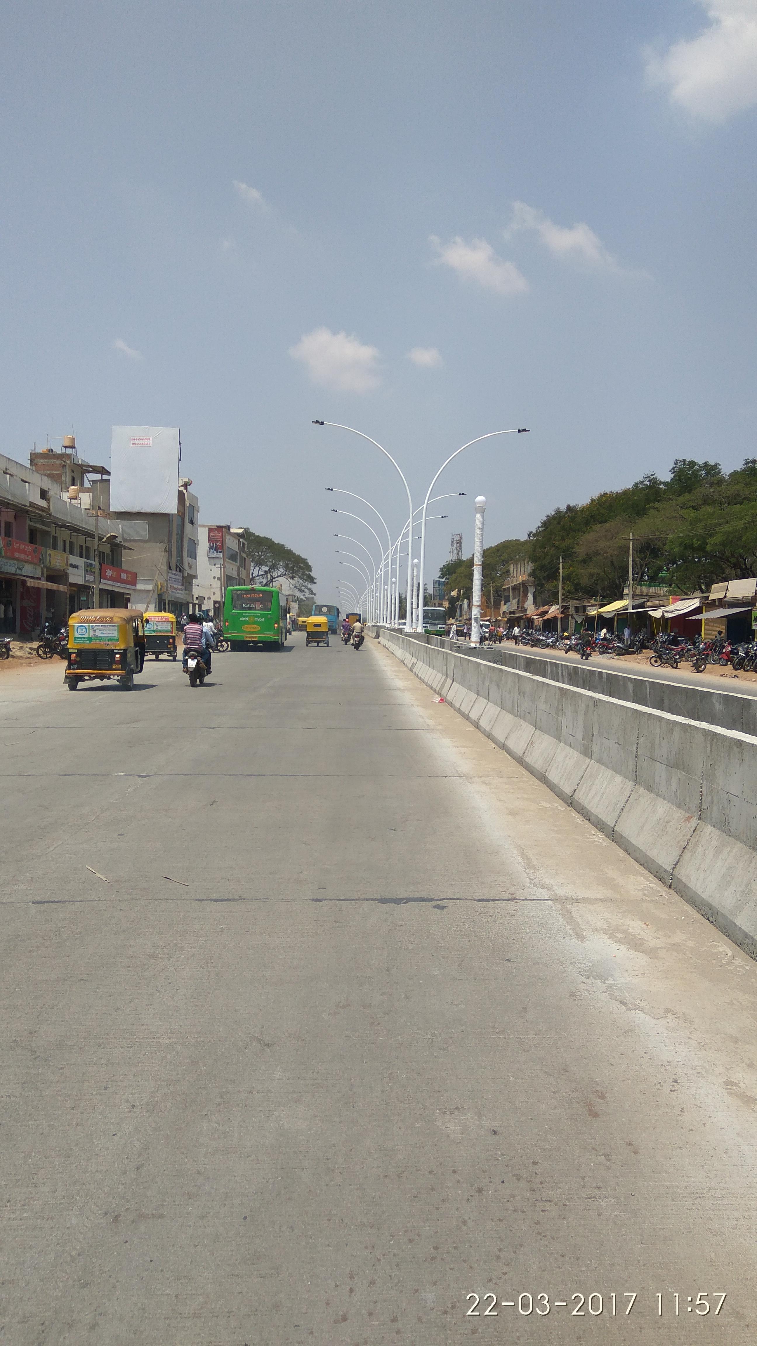 Aruna Talkies Circle, P.B Rd, Davanagere