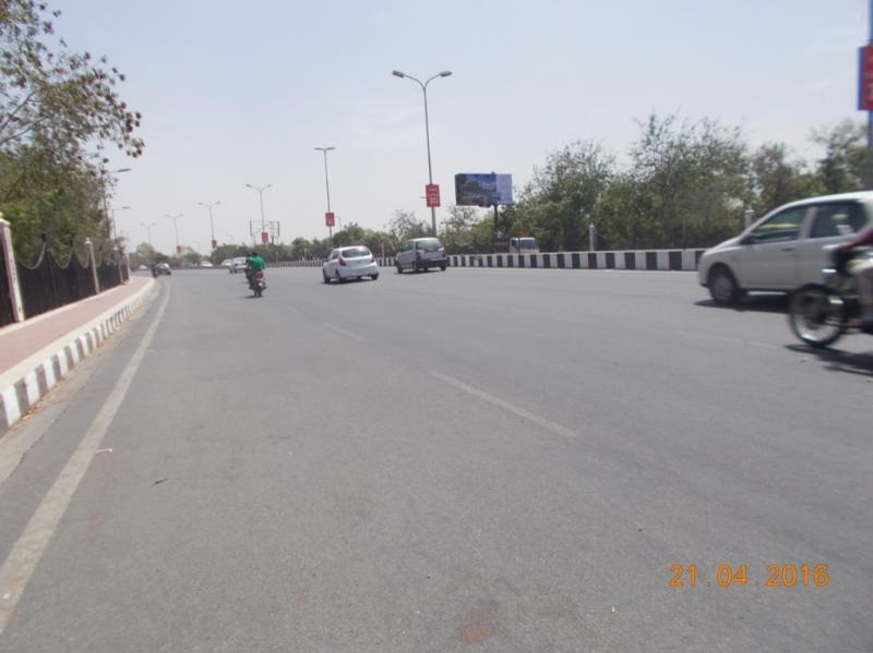 Golf Club Road 1st, Lucknow