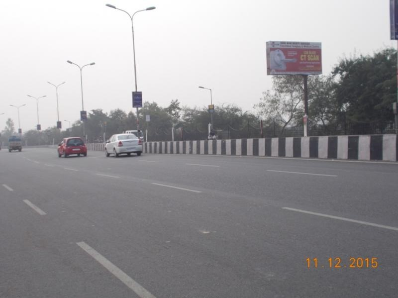 Golf Club Road 4th, Lucknow