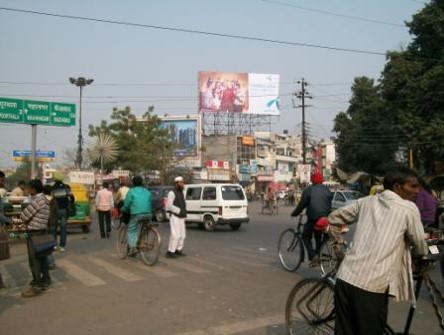 Nishatganj Flyover, Lucknow