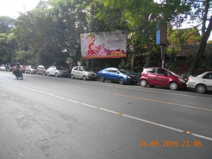 Park Street  Wood Street Xing, Kolkata