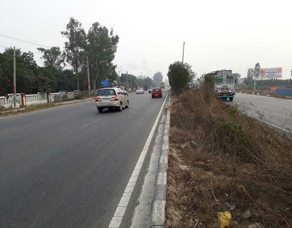 Near LNT Collage, Delhi to Chandigarh