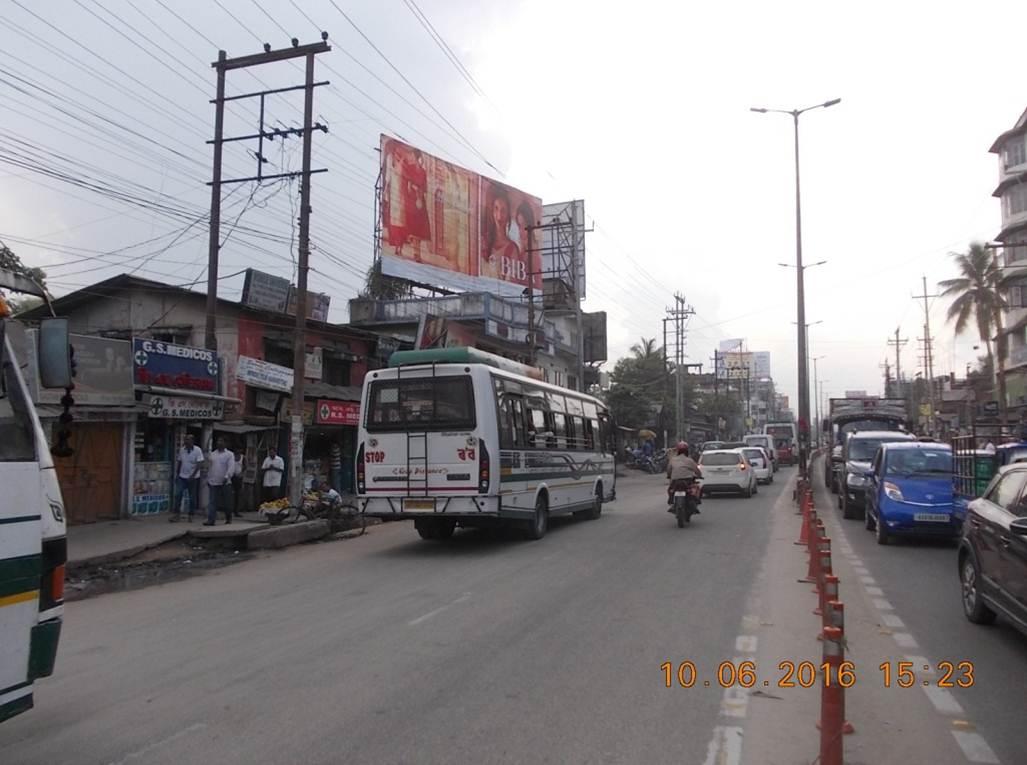 Chandmari Bus Stop, Guwahati