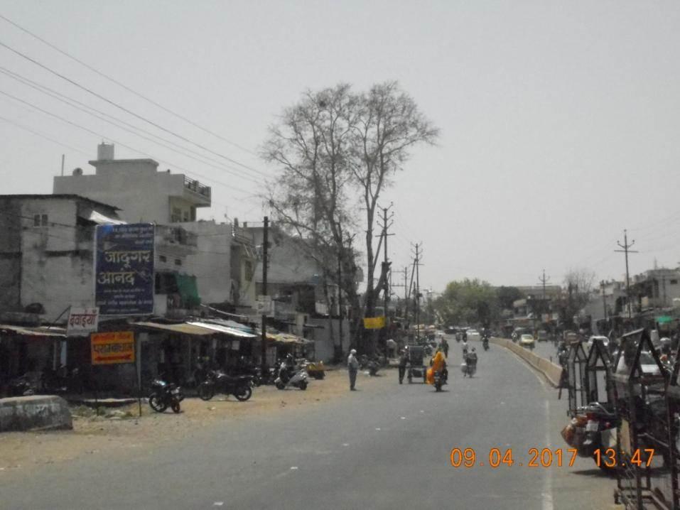 Opp.Sam Mall Gwarighat, Jabalpur