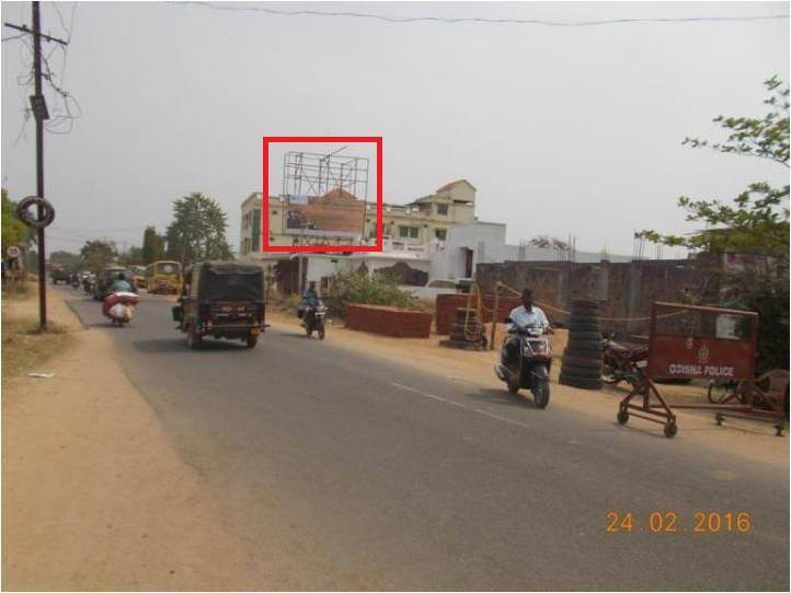 Titelgarh Main Road, District Bolangir,Odisha